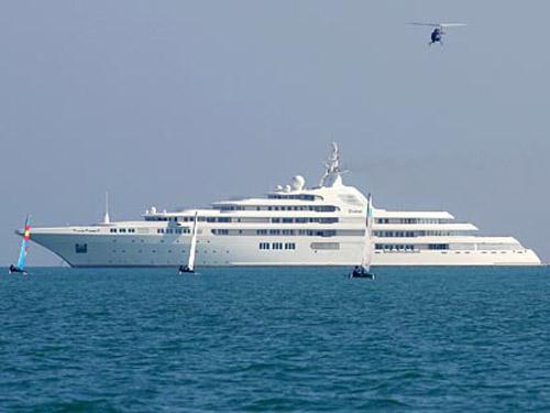 Dubai Yachts
