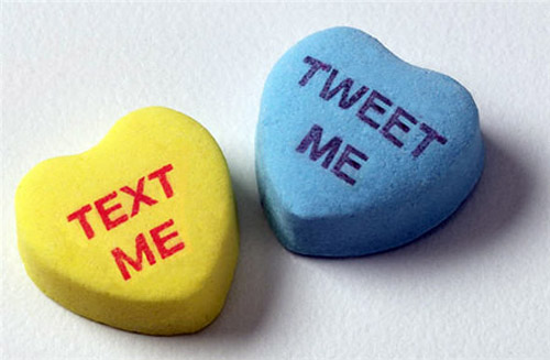 "Tweet Me"" Sweetheart Candies"