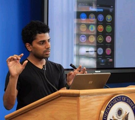 Naveen Selvadurai [Foursquare]