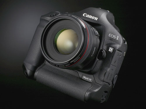 1. CANON EOS 1D Mark IV