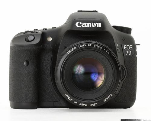 9. CANON EOS 7D