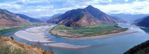 Yangtze (3,915 miles)