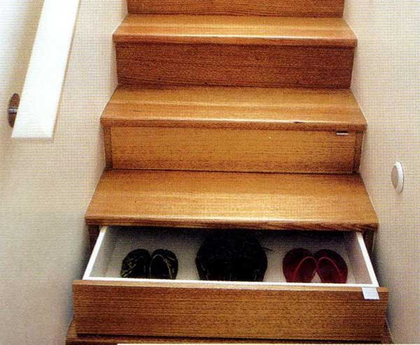 Shoe Box Stairs-08